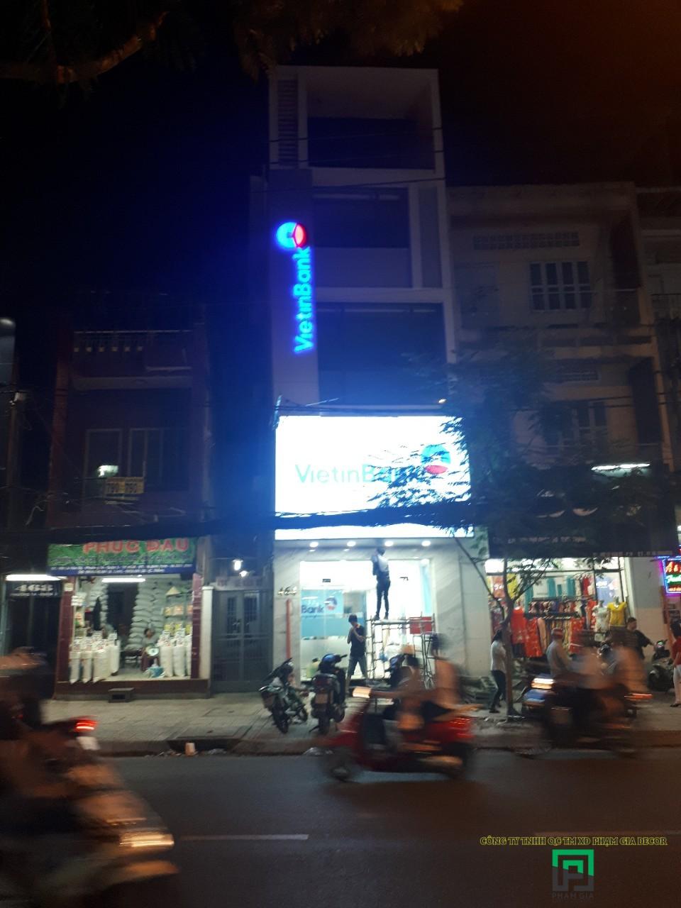 Thi Công Hộp Đèn 3M LED Siêu Sáng NH ViettinBank